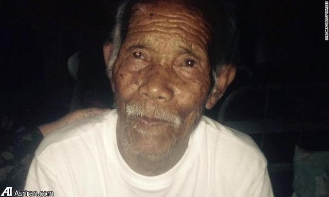 نجات زنده مرگ 101 ساله نپالی از زیر آوار 7 روز پس از زلزله(+عکس)