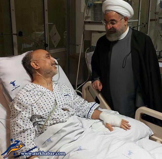 عیادت رییس جمهور از صالحی در بیمارستان (+عکس)