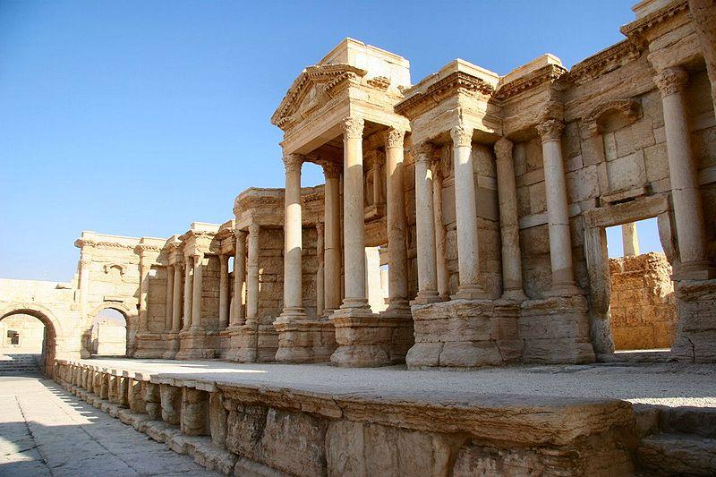 داعش در آستانه نابودی شهر باستانی تدمر سوریه (+عکس)