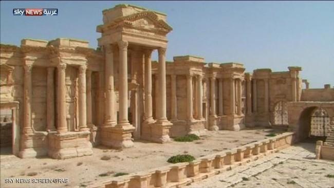 ارتش سوریه عقب نشینی کرد/ سقوط کل منطقه باستانی پالمیرا به دست داعش