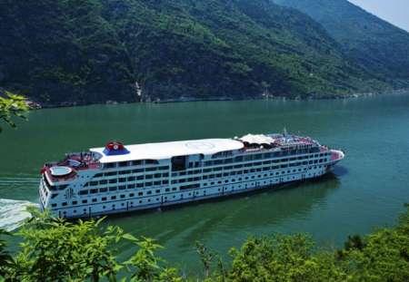 450 مسافر یک کشتی در چین ناپدید شدند!