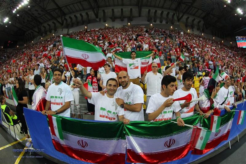 عکس والیبال عکس تماشاگران ایرانی عکس بدون سانسور تماشاگران تماشاگران زن والیبال تماشاگران دختر ایرانی تماشاگران ایران