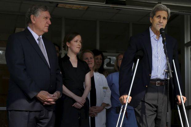 جان کری بعد از مرخص شدن از بیمارستان: برای مذاکرات هسته ای به وین می روم