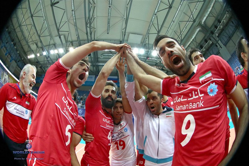 شادی ویژه بازیکنان تیم ملی مقابل دوربین عکاس(گزارش تصویری)
