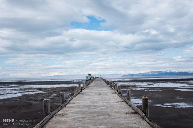 طرح دریاچه ارومیه قابل اجرانیست/شکستن سدها هم بحران را حل نمی کند
