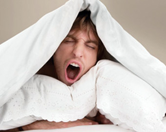 ۲۲ بلایی که کمخوابی سرتان میآورد