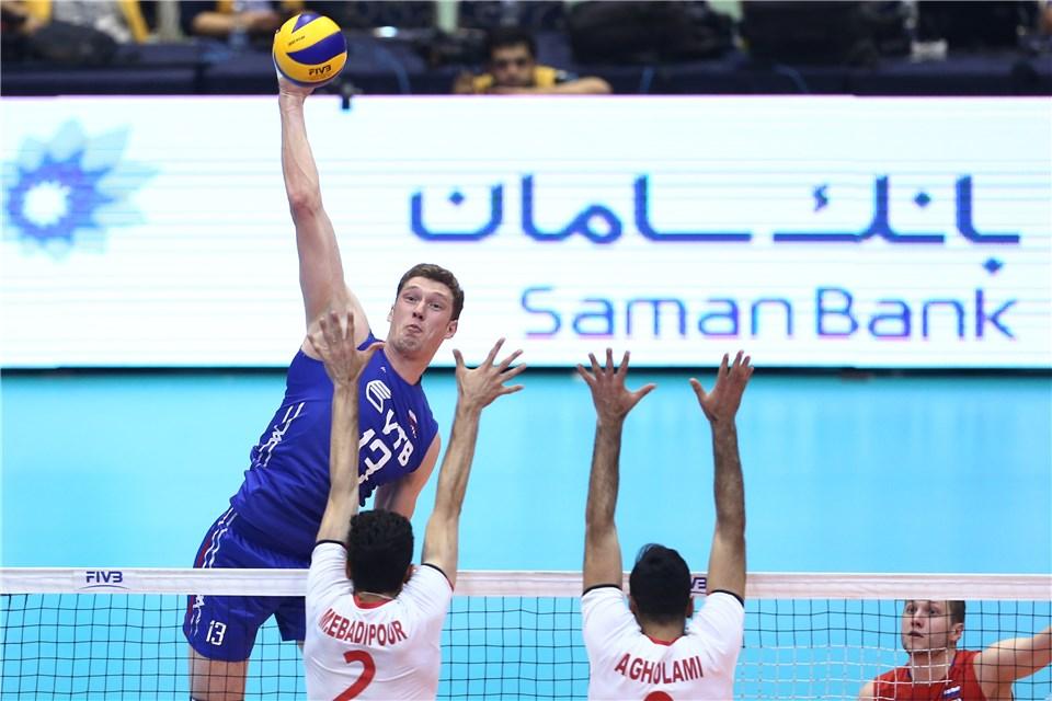 پیروزی ایران مقابل روسیه (+گزارش تصویری)