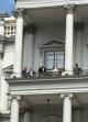 پیام یوتیوبی ظریف از وین: آمریکا بین توافق و فشار یکی را انتخاب کند/ هیچگاه به این اندازه به توافق نزدیک نبوده ایم