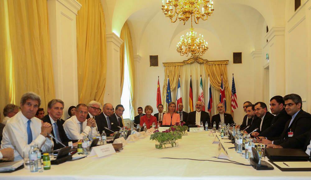 سه نما از مذاکرات ایران و 1+5 (عکس)