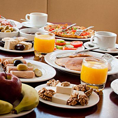 این غذاها را صبحانه نخورید