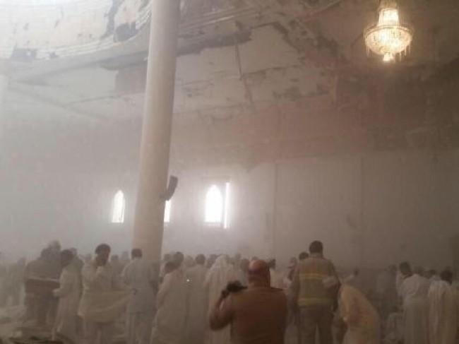 25 کشته و 202 زخمی در حمله داعش به مسجد شیعیان کویت (+عکس)