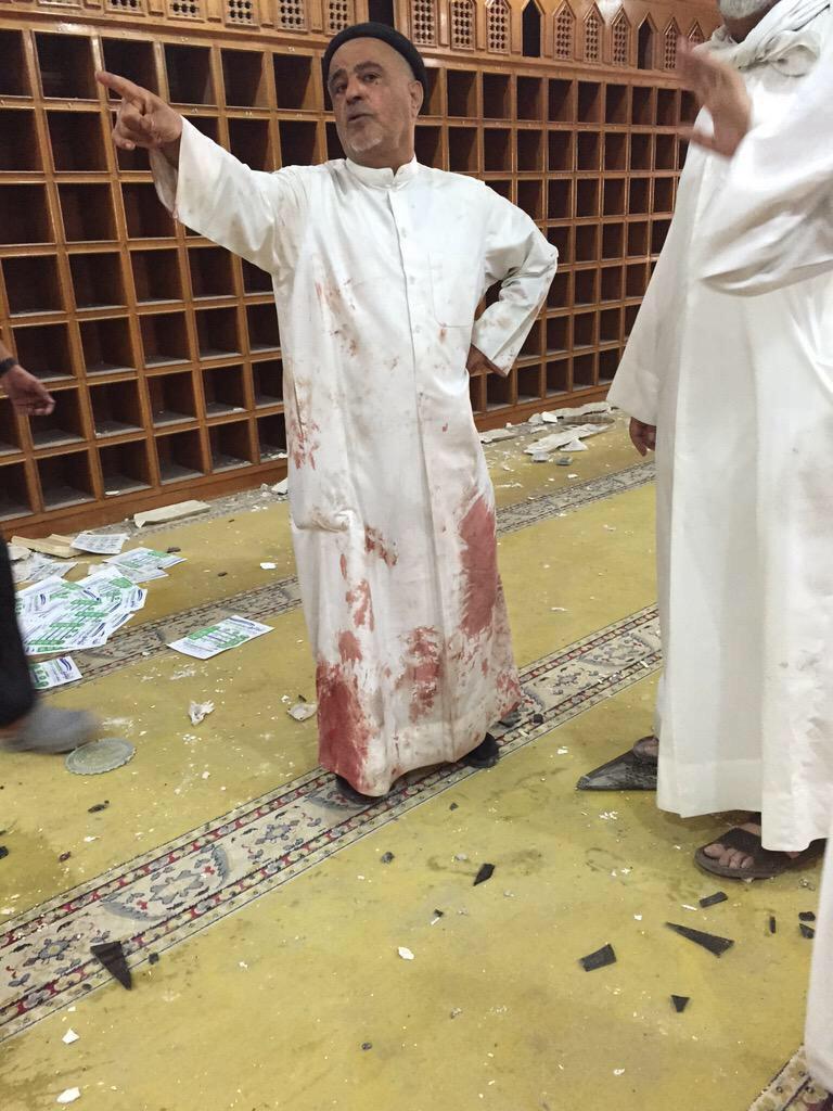 27 کشته و 227 زخمی در حمله داعش به مسجد شیعیان کویت/ شناسایی عامل انتحاری (+عکس)