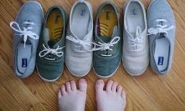 66 میلیون میکروب کف کفش شما!