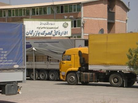 آتش زدن کامیون ایرانی در ترکیه/ مرز بازرگان بسته شد