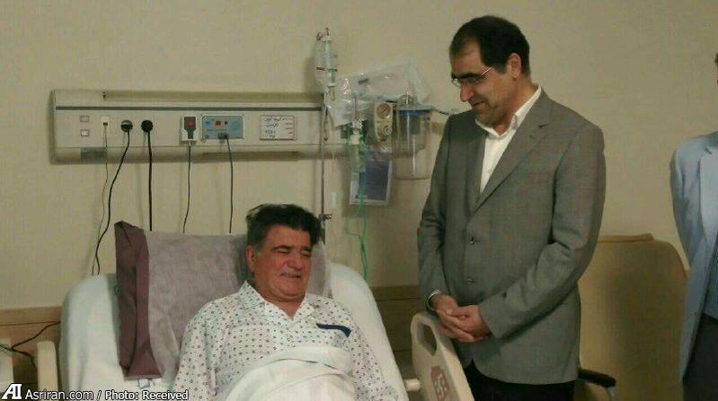 عیادت برادر روحانی و وزیر بهداشت از شجریان (+عکس)