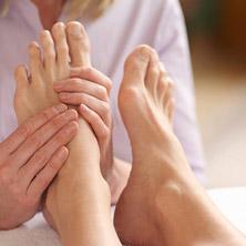 سلامتی با ماساژ ۶ نقطه پا