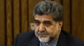 عیادت استاندار تهران از استاد شجریان