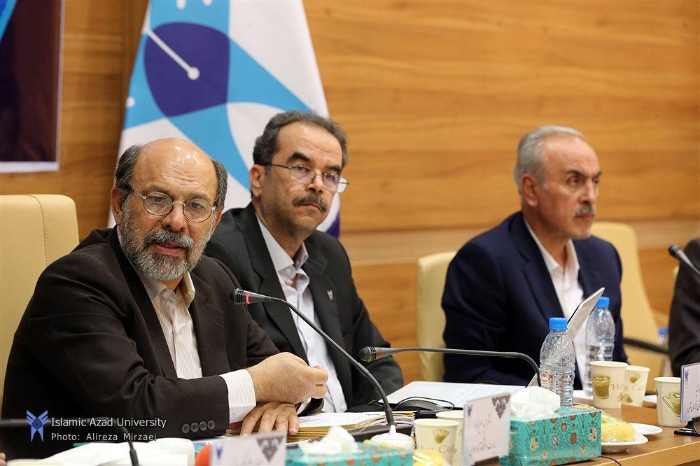 تشکیل کمیته 3 نفره تصویب رشته های غیرپزشکی در دانشگاه آزاد