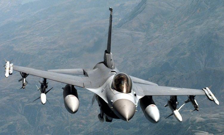 آغاز استفاده از جنگنده های اف 16 عراق علیه گروه داعش