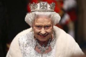 ملکه انگلیس رکورد سلطنت را شکست