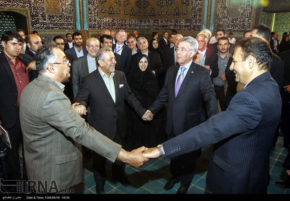 عمو زنجیرباف رئیس جمهور اتریش در اصفهان در حضور نعمت زاده (عکس)