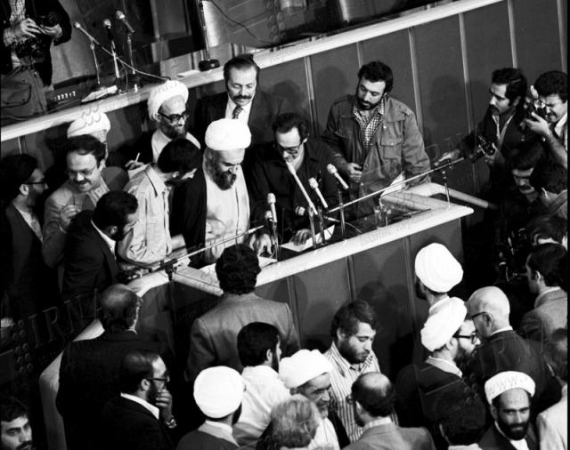 5 نکته درباره نامه 25 نماینده روحانی مجلس به روحانی