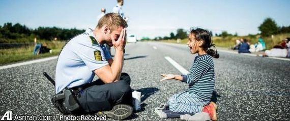 پیشنهاد های پرشمار ازدواج به پلیس مهربان دانمارکی (+عکس)