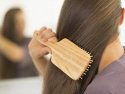 10 خوراکی که موهایتان را درخشان میکند