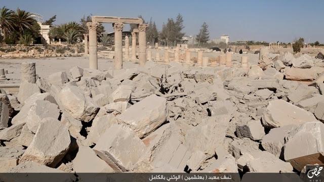 لحظه انفجار آثار تاریخی پالمیرا توسط داعش (عکس)