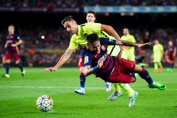 بارسلونا 4 - 1 لوانته / صدرنشینی بارسا با امتیازات کامل(+عکس/جدول)