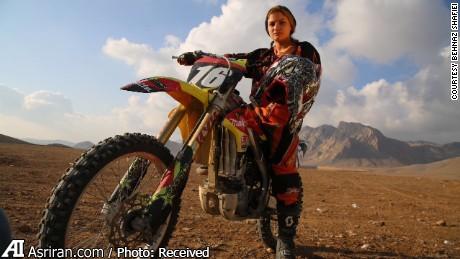 بانوی موتور سوار ایرانی سوژه سی ان ان (+عکس)