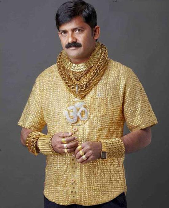 لباسی از طلا برای جلب توجه (+عکس)