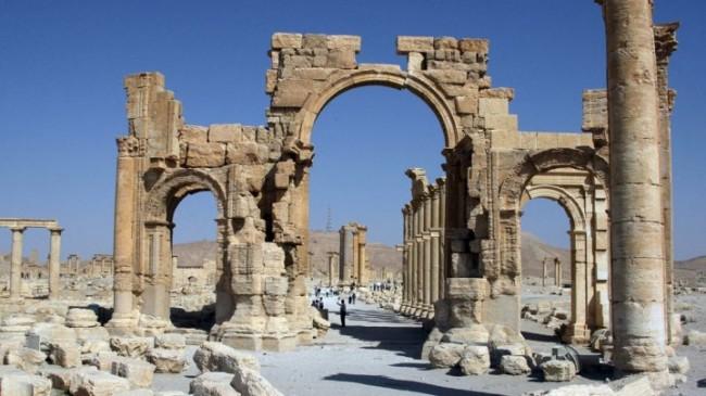 داعش طاق نصرت پالمیرا را تخریب کرد