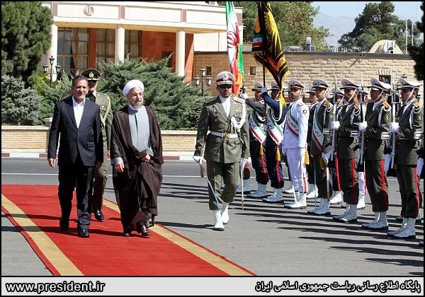 تغییر لباس گارد تشریفات ریاست جمهوری/ نظامیان ایرانی چکمه پوش شدند