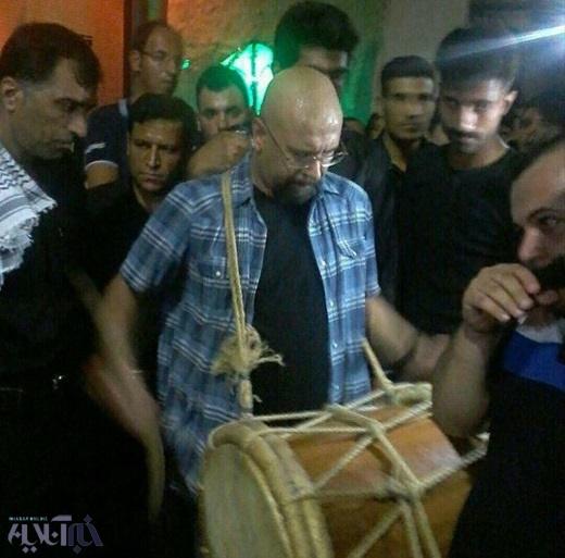 صداپیشه جناب خان در دستههای عزاداری بوشهر(+عکس)