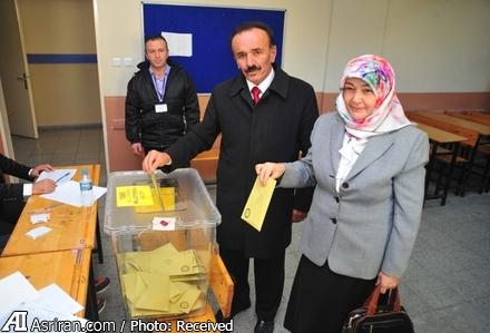 519595 640 نامزد انتخاباتی که همسرش به او رای نداد