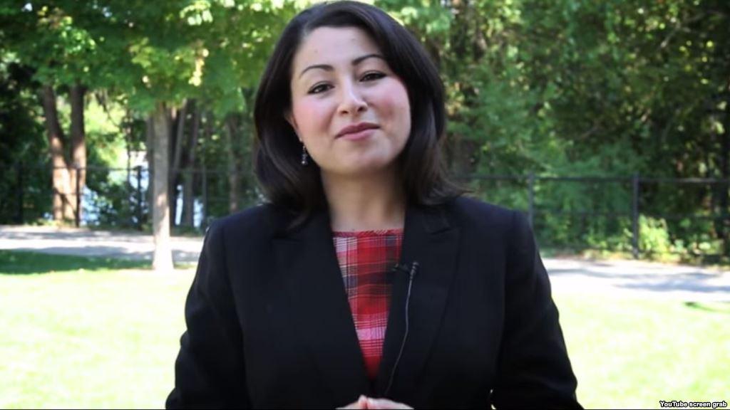 کابینه جدید کانادا: نصف وزیران زن هستند/ زن 30 ساله افغان تبار، اولین زن مسلمان در دولت کانادا (+عکس)