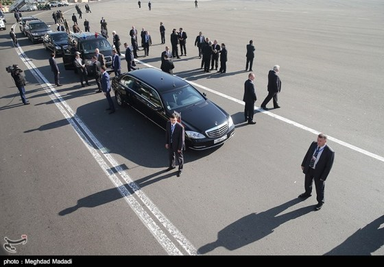 خودروی پوتین در تهران (عکس)