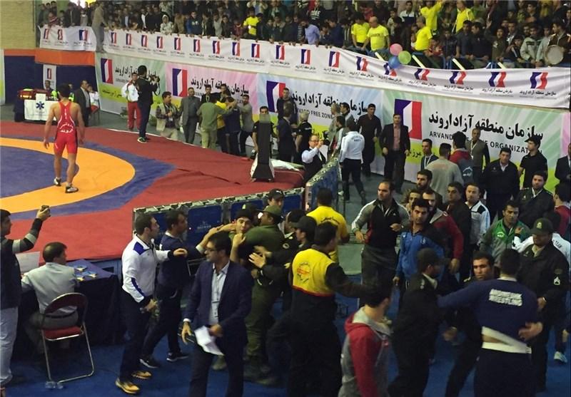 هجومی تماشاگران پس از درگیری در جام باشگاه های جهان(+عکس)