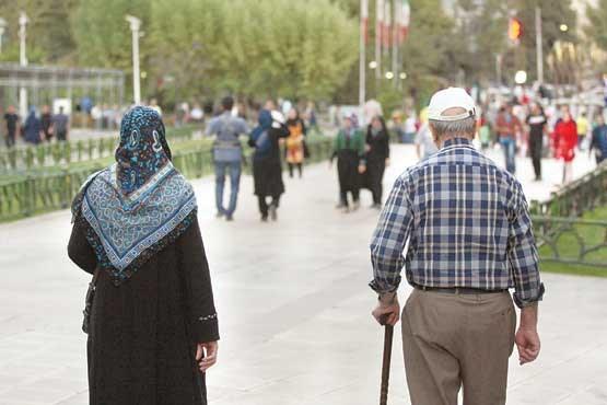 ضرورت پیاده روی برای سالمندان