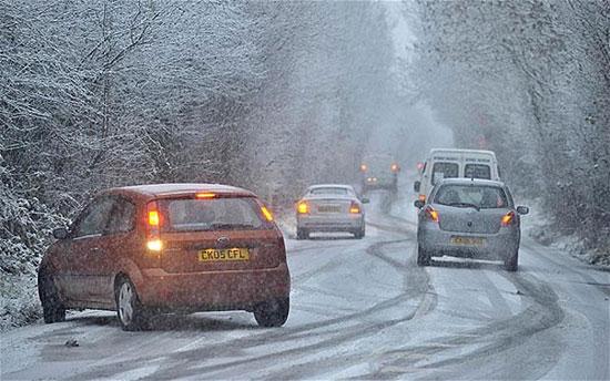ساخت جاده هایی که یخ نمیزنند! (+عکس)