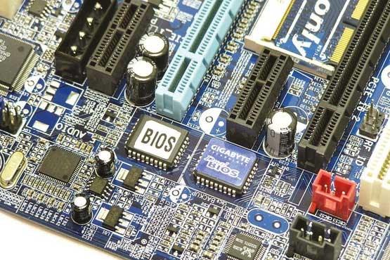 همه چیز درباره بایوس، یکی از اصلیترین قطعات رایانه