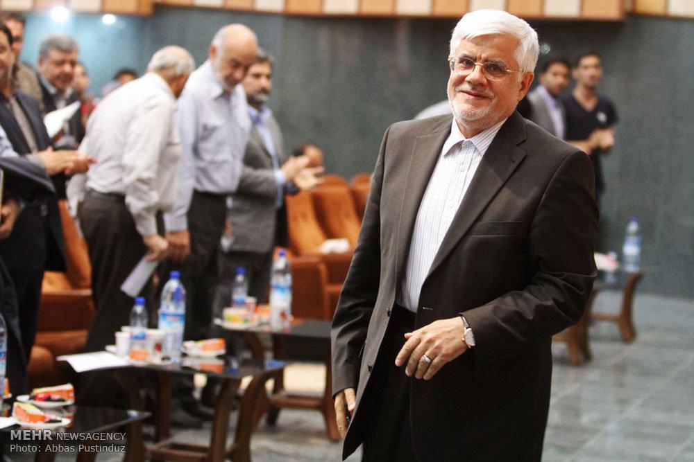 عارف؛ فرمانده در میدان اصلاحات/ بازیگری مهم در سپهر سیاست ایران