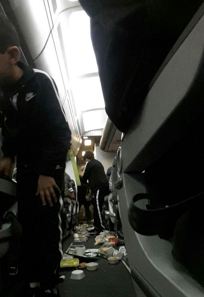 سیستم ناوبری پرواز تهران - دبی از کار افتاد/فرود اضطراری هواپیما در شیراز