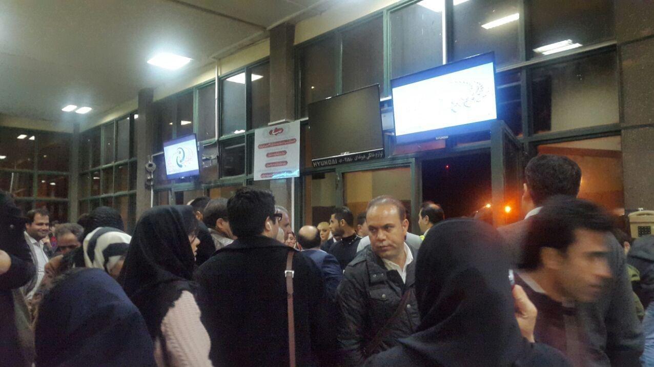 سیستم ناوبری پرواز تهران - دبی از کار افتاد/ فرود اضطراری هواپیما در شیراز (+عکس)