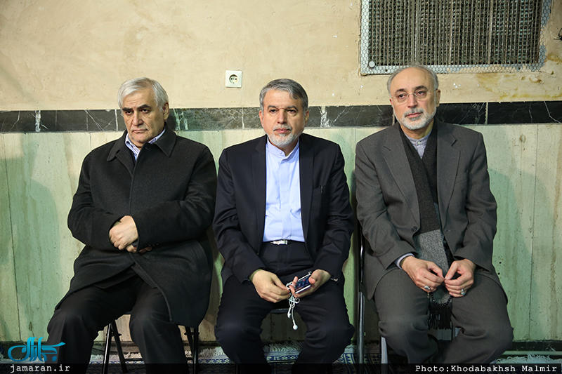 مراسم وداع با پیکر آیت الله هاشمی رفسنجانی در حسینیه جماران (+عکس)