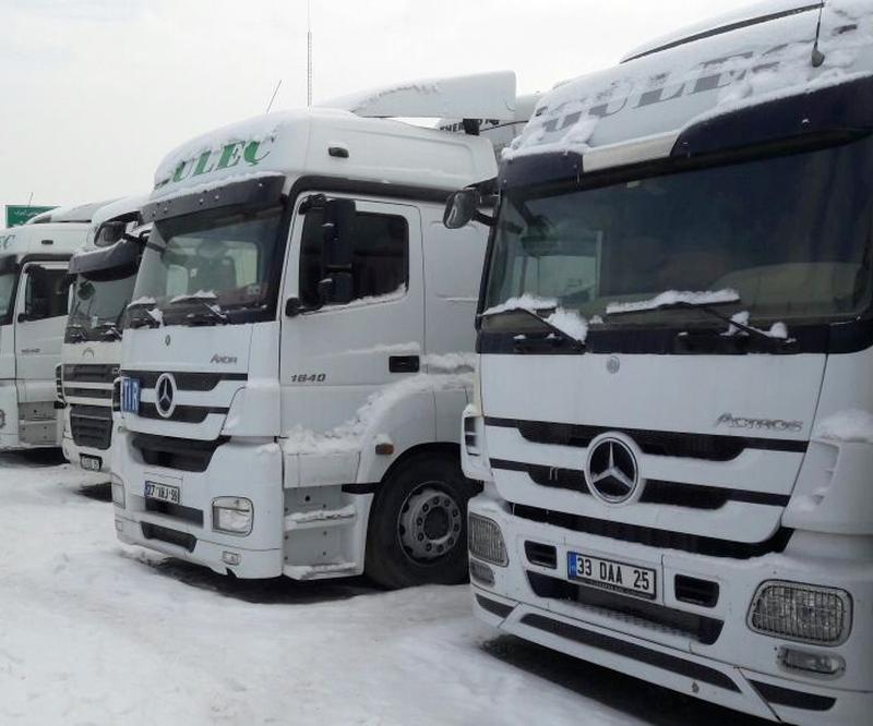 رسانه های ترکیه : توقیف 9 ماهه 9 کامیون ترکیه ای در مرز بازرگان
