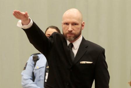 امکانات تفریحی قاتل نروژی در زندان؛ پلیاستیشن و سالن ورزشی