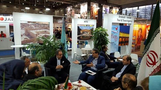 استقبال از غرفه گردشگری ایران در وین؛ مردم جهان آماده سفر به ایران می شوند