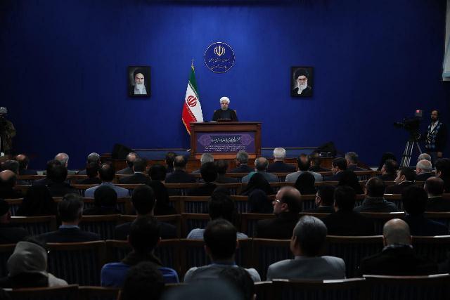 نشست خبری رئیس جمهور ایران در محل ساختمان ریاست جمهوری در مجموعه پاستور تهران انجام شد